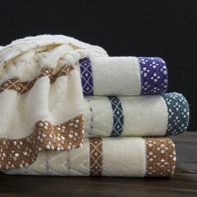 Bath Towels In Bulk Custom 6060cm 60%cotton White Jacquard Geometric Bath Towel Bulk Beach