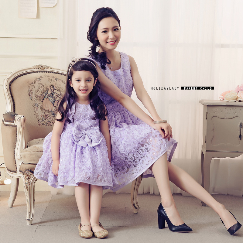 Mother Daughter Dresses Lace Flower Bow Princess Wedding Dress Mother and Daughter Clothes Mom Mum and Baby Tutu Dresses White mommy and me mother daughter wedding dress clothes baby maxi dresses family princess party clothing mom and daughter dress blue