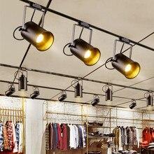 Vintage lampa sufitowa czarna żelazna lampa sufitowa LED reflektor przemysłowy odzież Retro szyna światło punktowe oprawa kuchenna