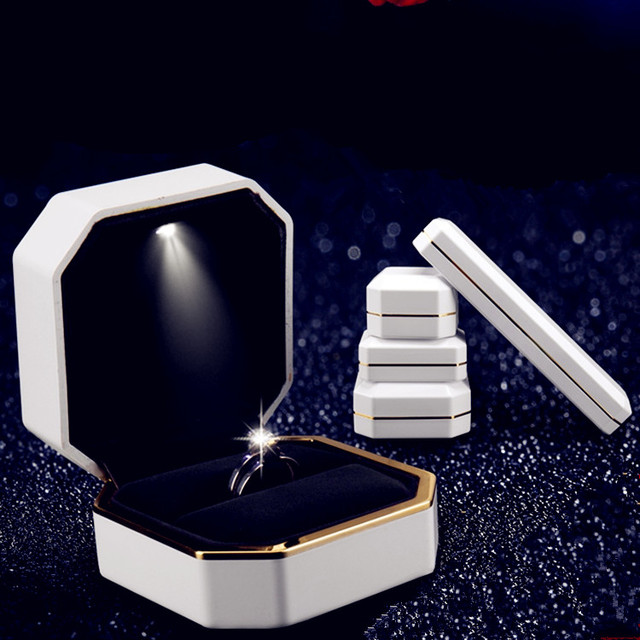 Gift Jewelry Box White Rubber Painting LED Ring Box Bracelets Box