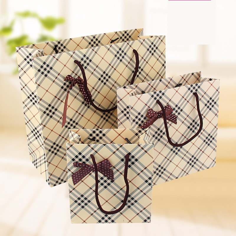 ROCOHANTI 15X NEW Design Diamond Lattice Pattern Gift Paper Bag for Clothes Retail Packaging