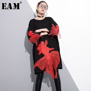 cb98acd917b8 Find Deals  EAM  2018 new spring round neck long sleeve red fish embroidery  split joint loose big size dress women fashion tide JE47501