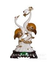 Shenzhen horizon grass handicraft resin gilded ornaments wholesale wedding gifts mixed batch King Swan Decoration