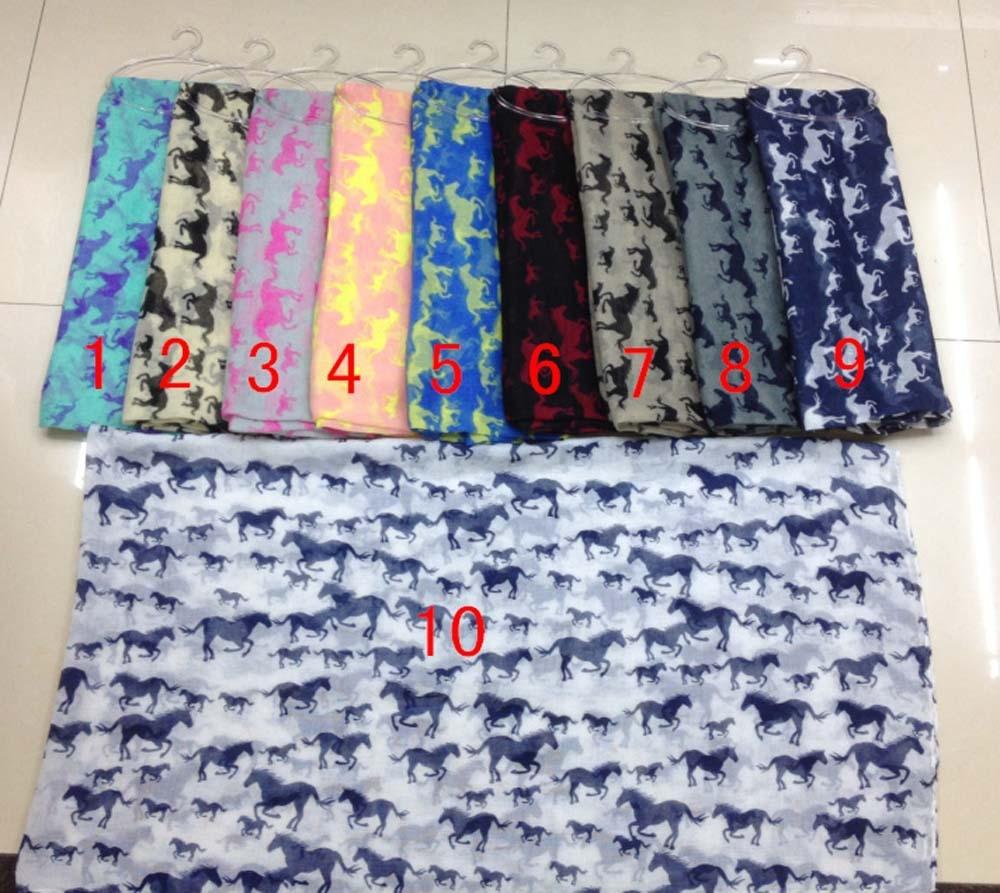 Běh velkého a malého koně tisk šátek smyčka 90 * 180 cm voile koňský šátek