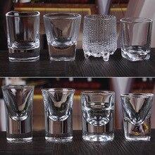 Высокомодное стекло, пулевидная чашка, маленький крепкий стакан, белое вино, толстая стеклянная чашка с дном