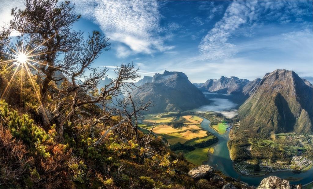 Resultado de imagen de Montañas y valles fluviales