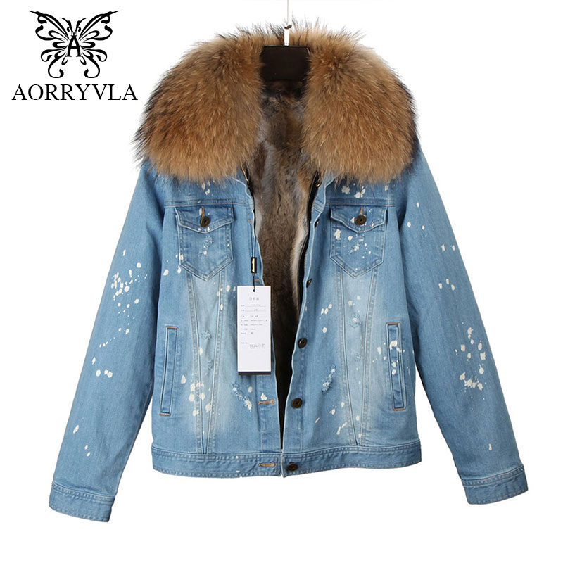 AORRYVLA New Fashion Women Denim Jacket Winter 2017 Vintage Raccoon Fur Collar With Rabbit Fur Lining Short Frayed High Street