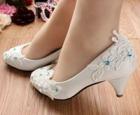 New coming! Light Ivory lace appliques wedding bridal shoes for women PR611 or bridesmaid shoes with the blue rhinestone