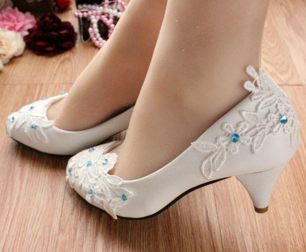 Nieuwe komst! Licht Ivoor kant applicaties bruids schoenen voor dames PR611 of bruidsmeisje schoenen met de blauwe strass