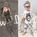 1 Unidades Venta Al Por Menor! 2017 ropa de los niños del estilo del bebé bebes niños sistema del muchacho ropa con mangas largas de la Ropa de Los Muchachos YAA008