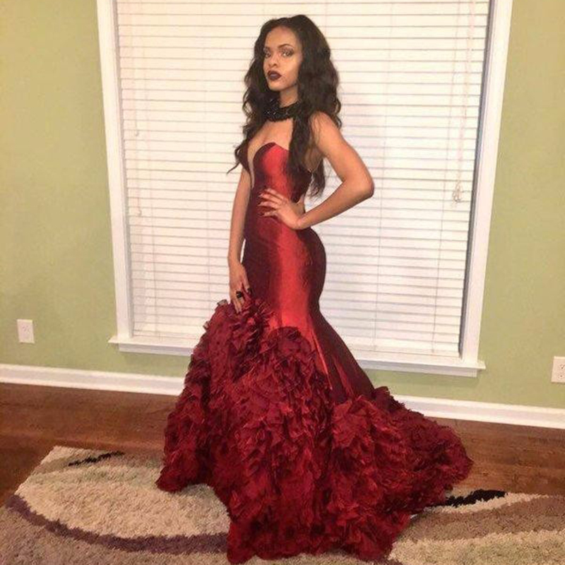 Sexy Prom Abendkleider Kristall Neue Ruffles Burgundy Mermaid Long Evening Party Special Occasion Mother Of The Bride Dresses