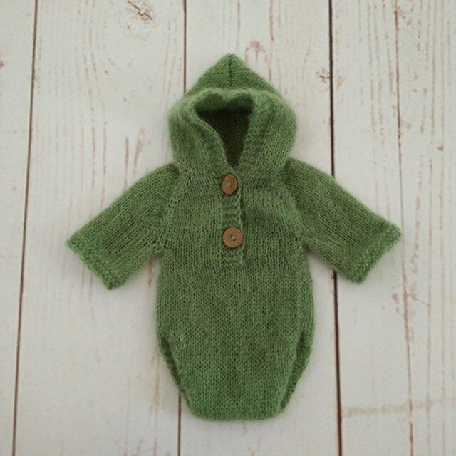 b9a8d9d23778 Neugeborenen Hut Mohair Mit Kapuze Strampler Set Kleidung Motorhaube  Fotografia Hand stricken Kappe Mohair Baby Overalls
