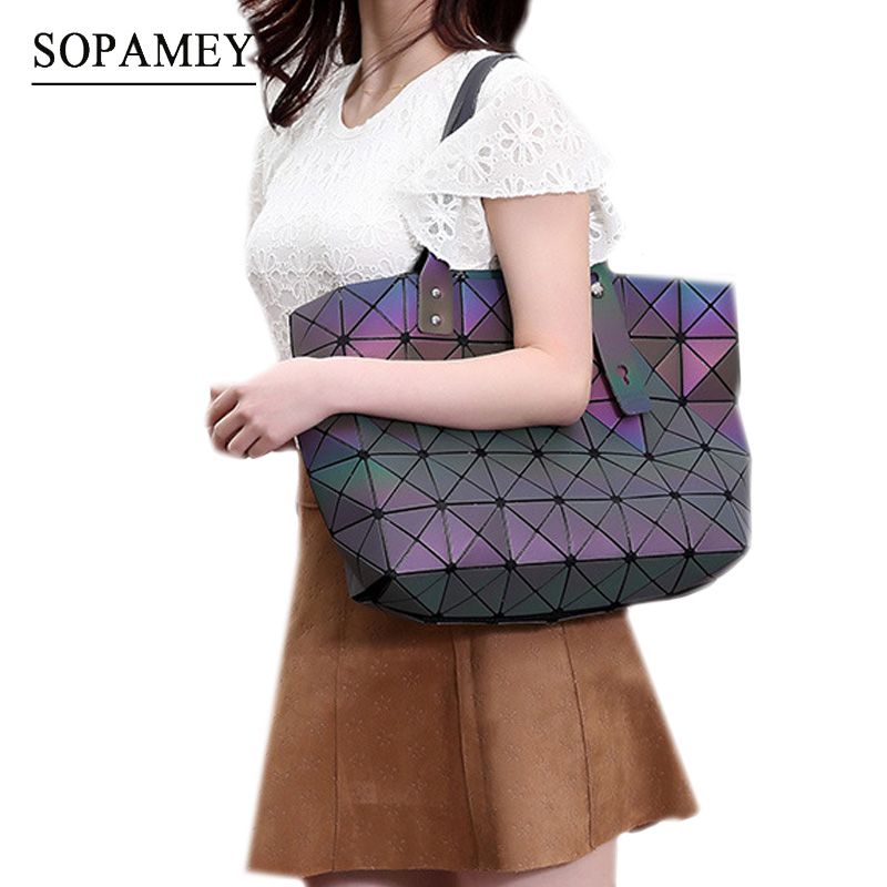 Luxury Handbags Women Bags Designer Geometry Luminous Sequins Plain Folding Shoulder Bags Tote Famous Brands Lady Tote Hand Bag цены онлайн