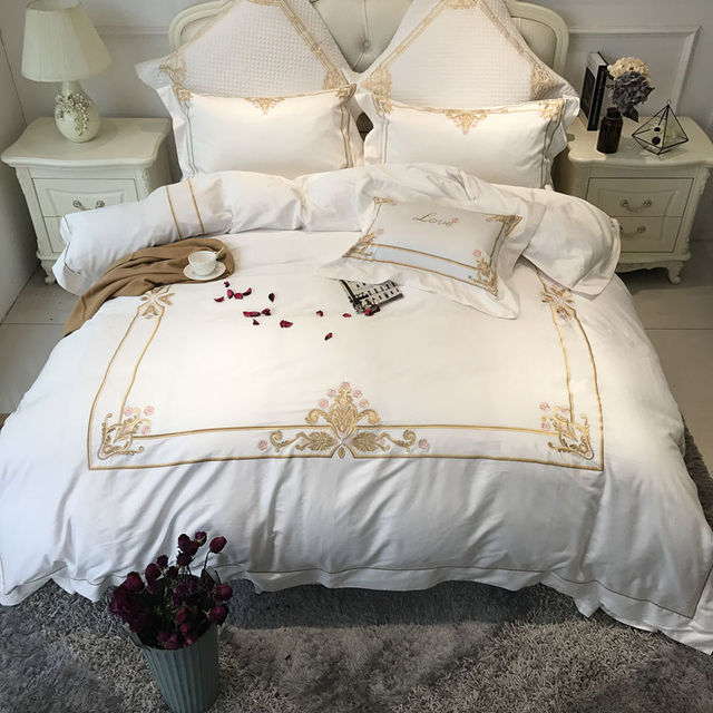 Egyptian Cotton White Color Luxury Hotel Bedding Set Gold Embroidered Bed  Sheet Set Duvet Cover King