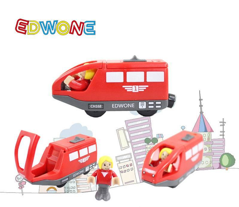 4 colors baby electric train /Kids Children Christmas gift /Child magnetic wooden slot train toys/ electronic vehicle toy 11cm