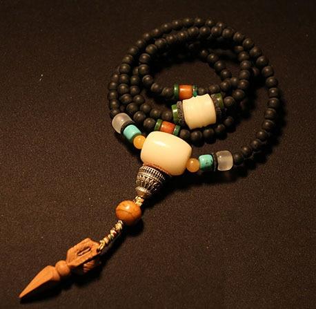 Bienheureux Mala tibétain Designer Mala véritable bois noir bouddhiste 108 perles de prière Mala tibétain chapelet perles