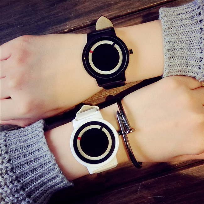 2017 Luxury Fashion Brand Unique Design Watches Korea Style Simple WristWatches For Women and Men Quartz Watch Couple Watch 2017 lady gift enmex abstract patterns elegant temperam with simple unique design for young women fashion quartz watches