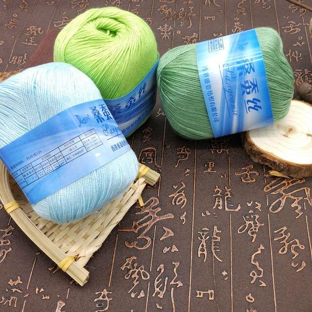 Freies Verschiffen 50gball Seide Bambus Faden Für Handstricken
