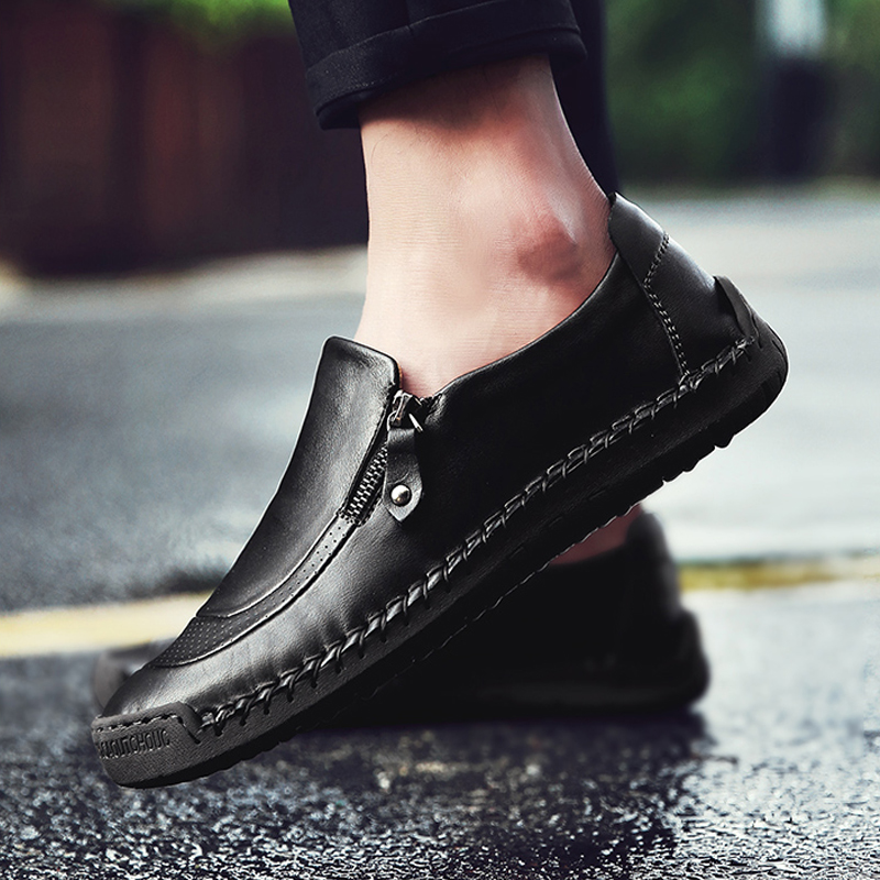 Image 2 - ARIARI Classic Comfortable Casual Leather Shoes Men Loafers Shoes Leather Men Shoes Flats Hot Sale Moccasins Shoes Plus SizeMens Casual Shoes   -
