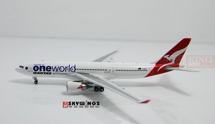 PH10733 Australia A330-200 VH-EBV 1:400 air commercial jetliners plane oneworld Model Hobby 6601 ebv