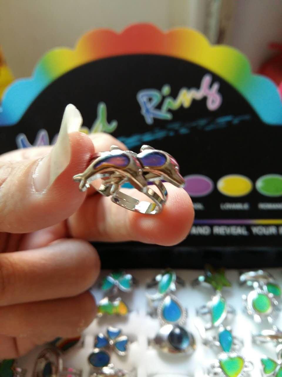 Disegno misto mood anello aperto delfini anello cuori farfalla aragosta volto sorridente chang anello di colore-in Anelli da Gioielli e accessori su  Gruppo 3