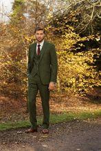 2018 Latest Pant Brasão Designs Homens Terno de Tweed Verde Slim Fit 3 Peça Smoking Ternos Feitos Sob Encomenda Do Noivo Baile Estilo Blazer Terno Masculino