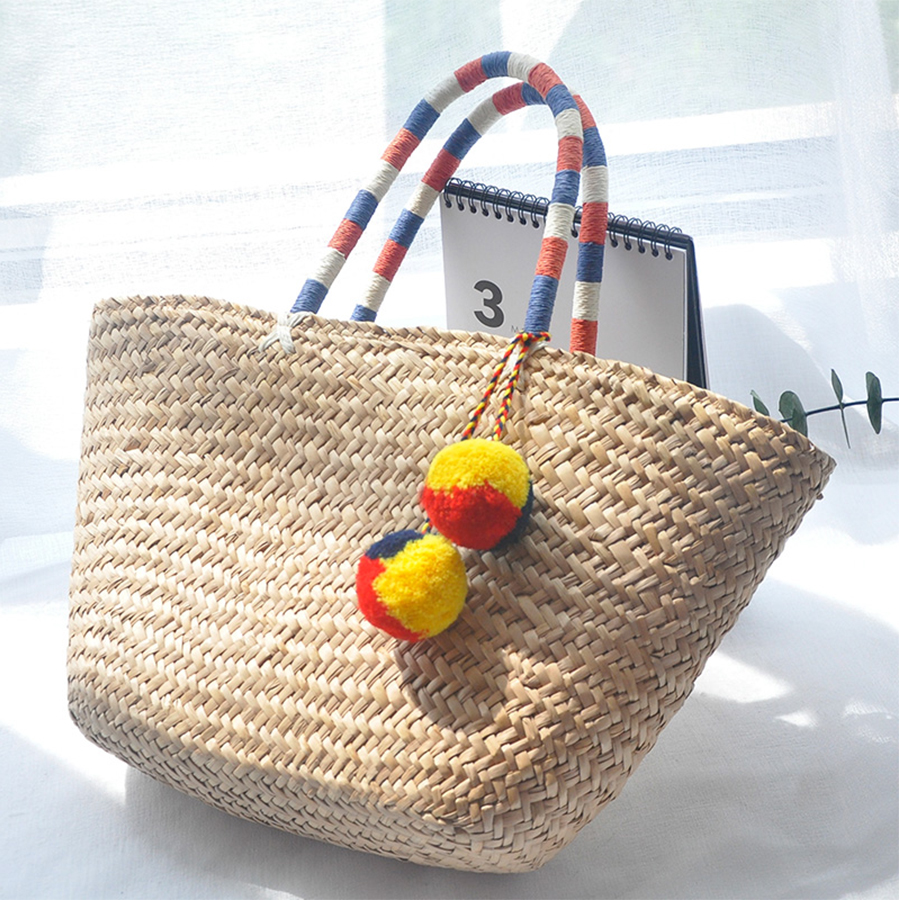 Colorful Hairballs Pendant Women Tote Hand Woven Straw Bags Women Basket Bags Summer Beach Bag Fashion Top-handle Handbags 2018