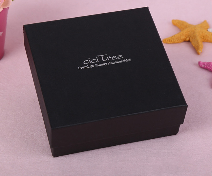UV Protected High end gold fancy paper elegant gift box ... - photo#22