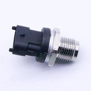 Image 5 - Yeni yakıt dağıtım borusu basınç sensörü 0281002864 VOLVO 3843100 30677300 20792328 21407309 20973777 için