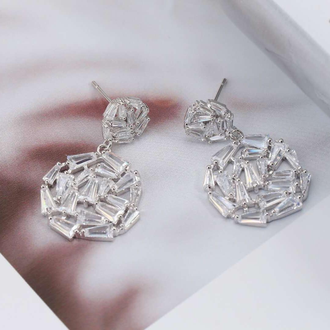Be 8 New Arrival T Shape AAA Zircon Geometric Dangle Earrings Clear CZ Stone Cherry Earrings for Patty Show Lovely Gifts E 346