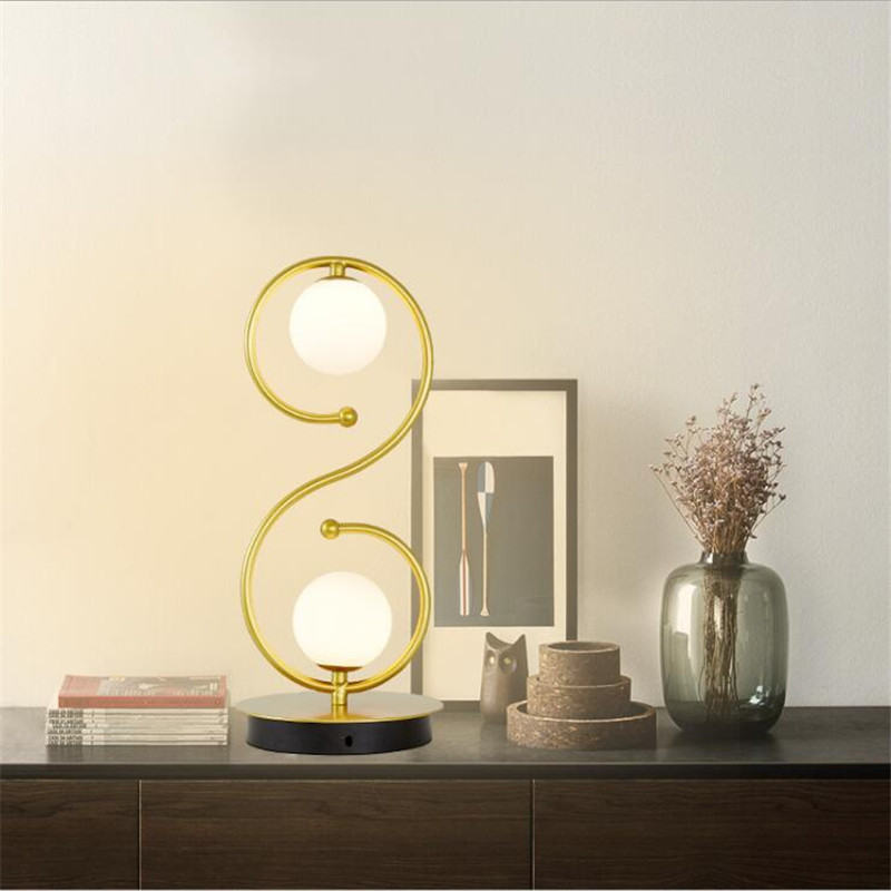 L86-Simple Nordic Home Bedside Table Lamp Creative Eye Protection Lamp S-curve Glass Ball Warm Desk Lamp
