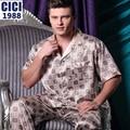 2015 New Hot Sale Men's pajamas suit comfortable men plaid short-sleeved pajamas suit home Casual sleepwear Pyjamas men A44