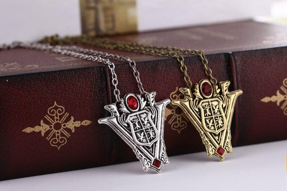 Retro Twilight Saga Eclipse Silvery Necklace Pendant New Moon Volturi Crest Jewelry Antique Silver Antique Gold