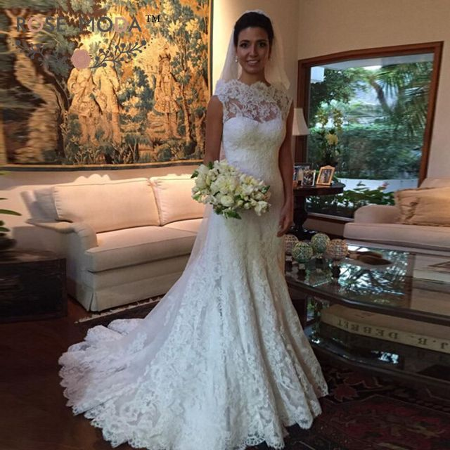 Scalloped Neckline Fitted Chantilly Lace A Line Wedding Dress V Back