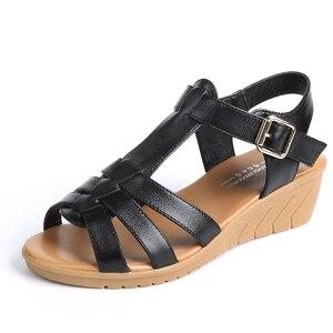 Image 2 - GKTINOO 新夏の古典的な革ウェッジサンダルの女性グラディエーターサンダル女性プラットフォーム靴 Sandalias Mujer