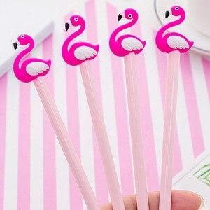 Image 3 - 30 sztuk kreatywne flamingi modelowanie pióro neutralne żel serce dziewczyna studenci piśmienne pióro z czarną wodą kawaii biurowe