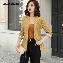 цена Women's Plus size Slim fit Blazers coats 2019 Autumn cotton blend stripe Small Suits jackets ladies Skinny Blazers Suits coats