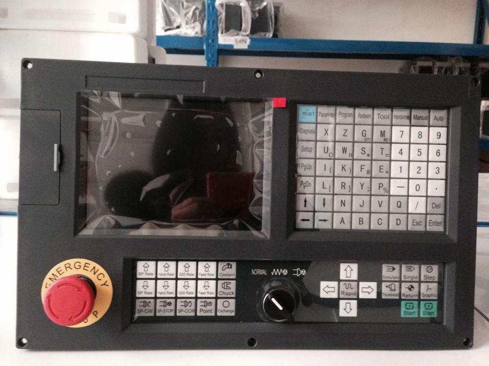 Tokarka cnc system 3 osi nowy typ 990TD kontroler