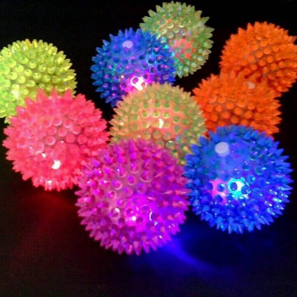 1pc Flashing Light Puppy Dog Cat Pet Hedgehog Rubber Ball Bell Sound Ball Fun Play Toy Led Light Squeaky Chewing Balls Sale