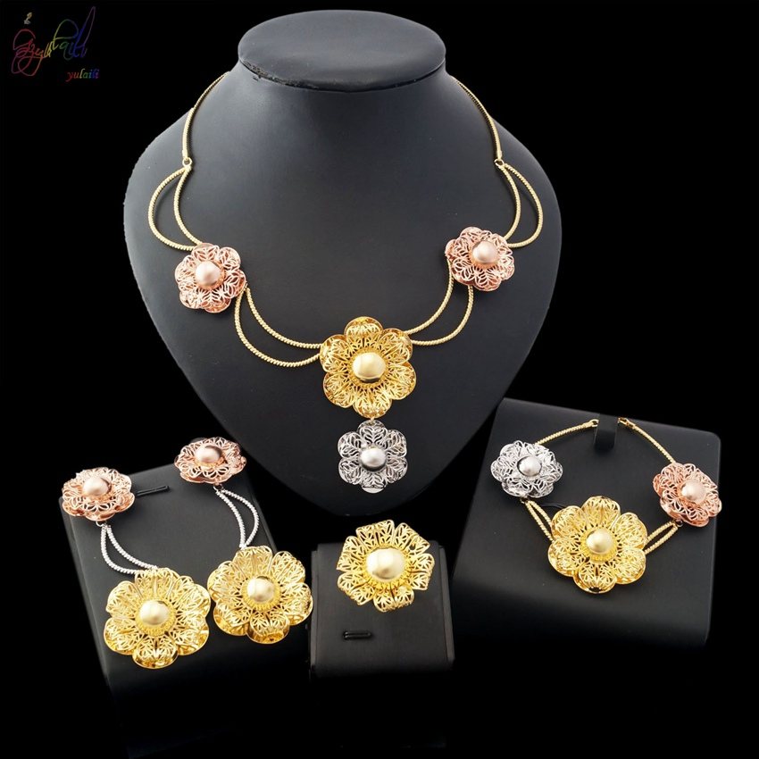Yulaili Free Delivery 2017 Factory High Quality Flower Design Women Copper Gold-color Dubai Jewelry Sets yulaili free delivery hot sell factory ethiopia design copper alloy four pieces ladies big jewelry sets