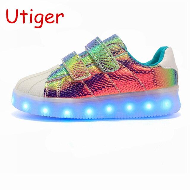 fcaabe32062 Kinderen Meisje Jongen Gloeiende Schoenen Licht Sneaker Kids Led Schoenen  Usb Opladen Kind Sneaker Jongens Meisjes