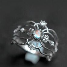 цена на Hot Sale Elegant Princess Style CZ Hollow-out Silver Color Moonstone Crown Rings For Women Wedding Engagement Party Jewelry Gift