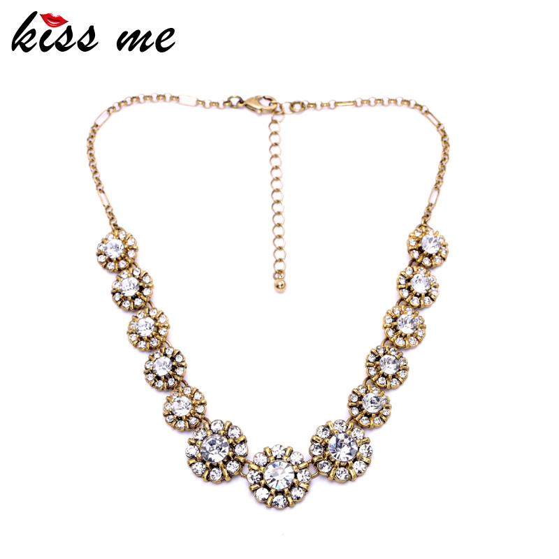 KISS ME Luxury Atmosphere Noble Lady Necklace Women Fashion Clear Flowers Chain Retro Accessories Factory Wholesale