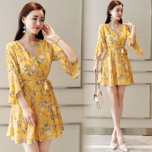 Women chiffon half sleeve 2019 new summer dress chopped flower V-collared yellow green print 202J3