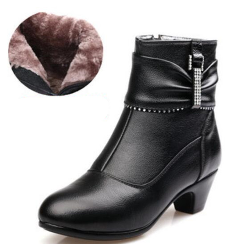 2019 New Fashion Womens Winter Boots Warm Cotton Genuine Leather Shoes Snow Boots High Heels Rhinestone Women Boots Big Yards Women's Boots