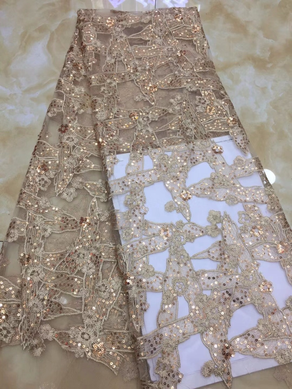 Fashion sequins Lace High Quality African Tulle Lace Fabric New Arrival Nigerian Lace Fabrics For Wedding DressFashion sequins Lace High Quality African Tulle Lace Fabric New Arrival Nigerian Lace Fabrics For Wedding Dress
