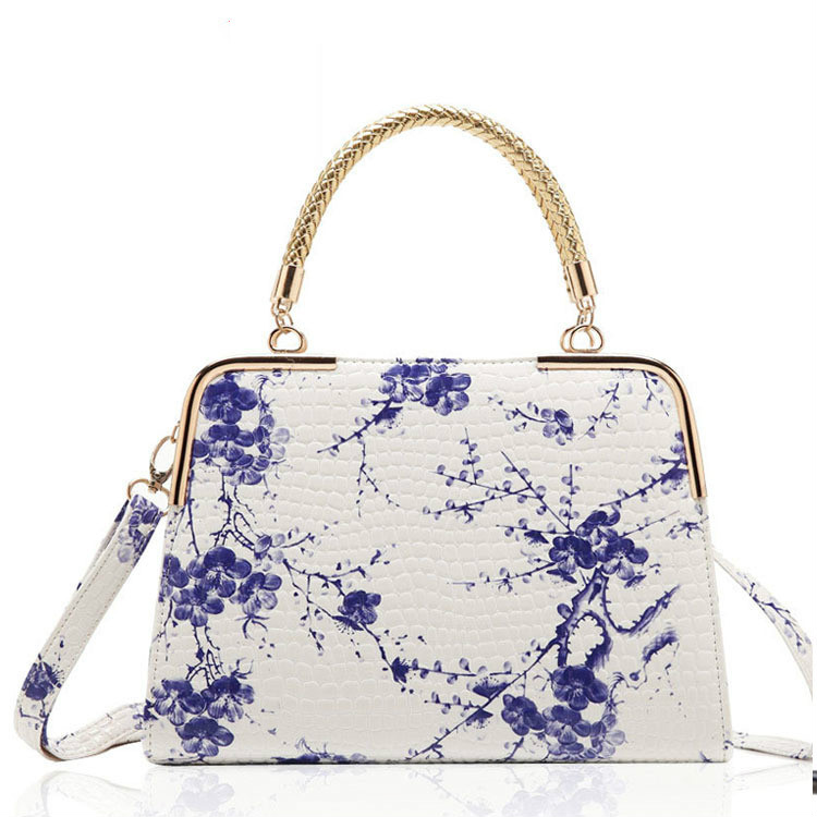 Chinese national style blue and white porcelain retro women's handbags printing ink painting plum flower handle shoulder bags blue and white porcelain plum flower bracelet