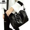 New 2017 Women Crossbody Bag Hight Quality PU Leather Motorcycle Bag Black Rivet Ladies Shoulder Messenger Bag for Female Casual