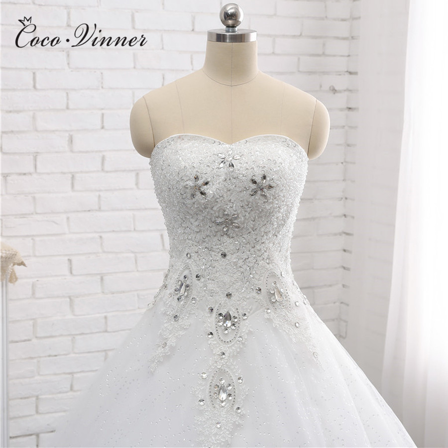 Luxury Crystal Beadding Embroidery Ball Gown Wedding Dress 2019 Ivory White Color Off Shoulder Pearls Beads Wedding Gown WX0006