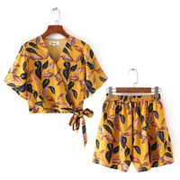 women 2 piece set top and pants blouse and wide leg short 2018 sexy two piece women set leaf print hot sale Summer pants suit